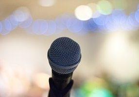 Foto van een microfoon, als teken voor nieuws